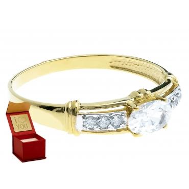 Złoty pierścionek z owalną cyrkonią