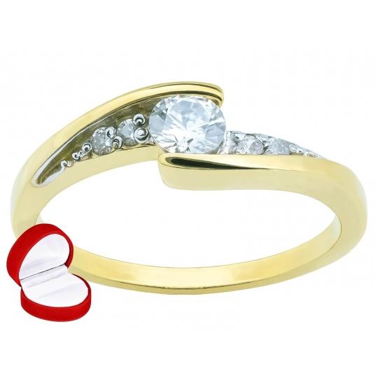Asymetryczny złoty pierścionek