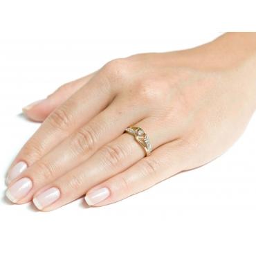 Złoty pierścionek Przeplatany SERCE próby 585