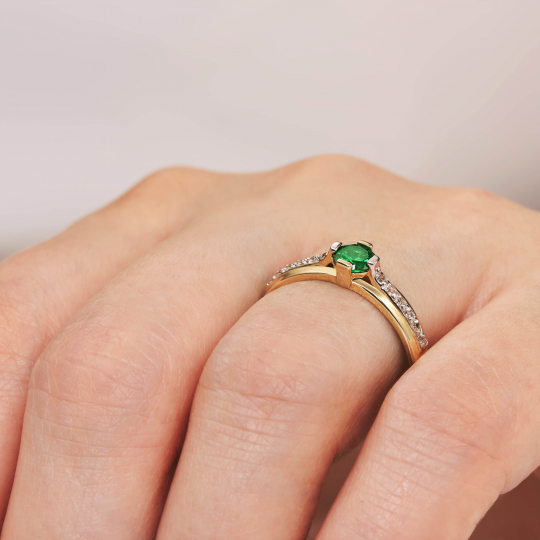 Złoty pierścionek Moonlight 1.891z