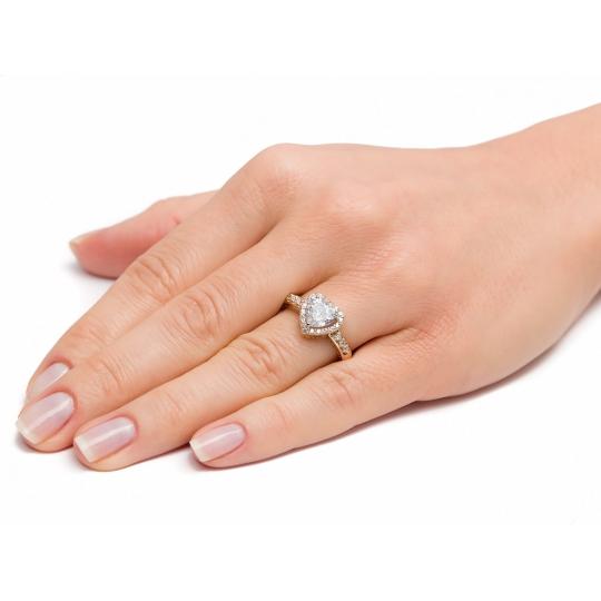 Złoty pierścionek zaręczynowy serce