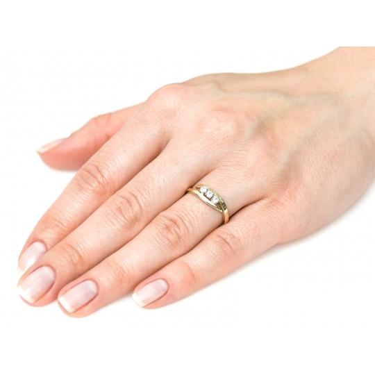 Złoty pierścionek z cyrkoniami Obrączka