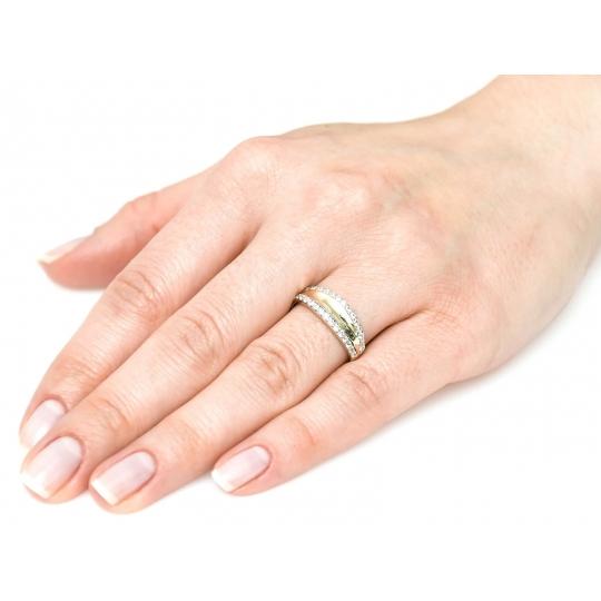 Złoty pierścionek Nowoczesny wzór