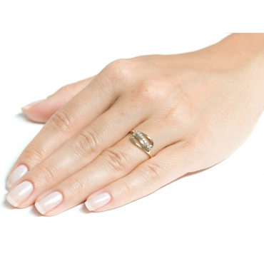 Złoty pierścionek PIĘKNA FALA CELEBRYTKA 2.1341