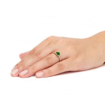 Złoty pierścionek z zieloną Cyrkonią Zaręczynowy