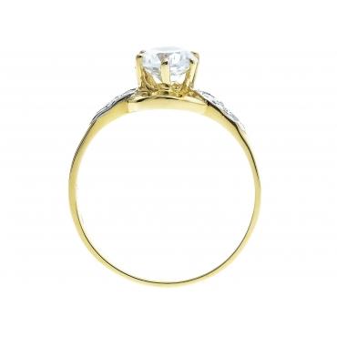 Złoty pierścionek Duży kamień Cyrkonie 2.1063
