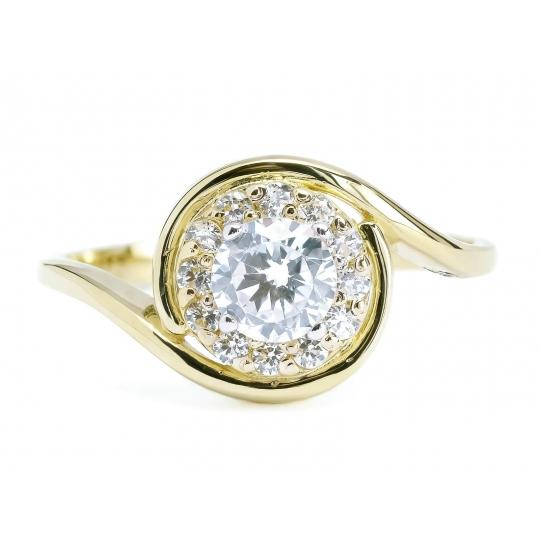 Złoty pierścionek Duży kamień KWIATEK