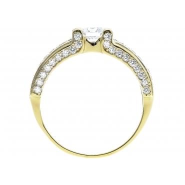 Złoty pierścionek Bogate zdobienie cyrkonie