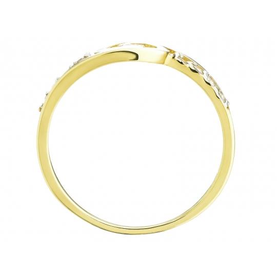 Przeplatany finezyjnie złoty pierścionek z Cyrkoniami